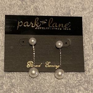 Faux Pearl Dangling Earrings in Silver *NWT*